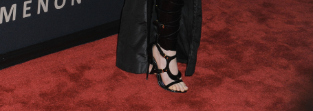 Click her to see which actress wore these bondage shoes to the Les Miserable premiere