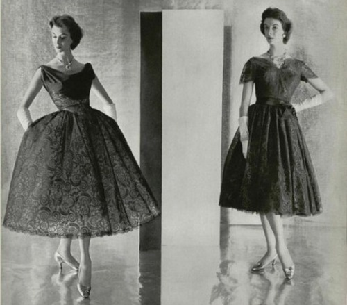 theniftyfifties:  1956 dress fashions.