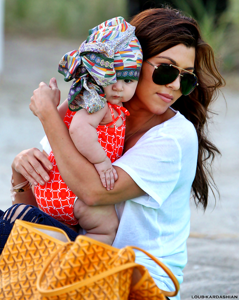 Kourtney, Scott, Mason, & Penelope At A Beach In Bal Harbour, FL (November 26th, 2012)