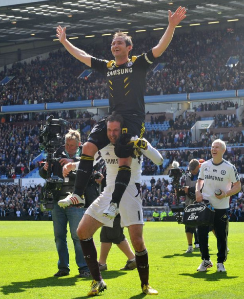 Twitter / guardian_sport: Picture: Frank Lampard head …