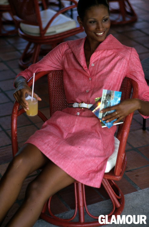 Your goal this May: Channel Beverly Johnson in this laid-back shirtdress, drink and all. From Glamour, April 1973. Photo: Patrick Demarchelier.