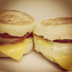 Homemade Egg McMuffins for McMe! #slowcarb #cheatday #breakfast