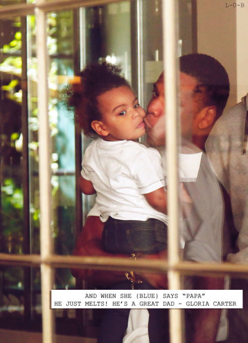 dangerouslymellow:  Blue looks exactly like beyonce to me in this