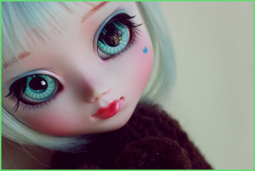 angelsfeather:  Natsuki (Pullip Custom by Poison)  by Alicebm on Flickr.