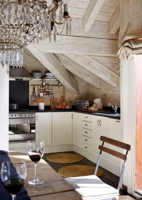 rustic cozy (via dustjacket attic: Lazy Sunday)