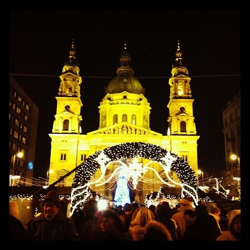 #budapest #hungary #christmas #xmas #lights #church #ig #insta #iphone #instagram #iphonesia #instacanvas #instagallery #instamessage