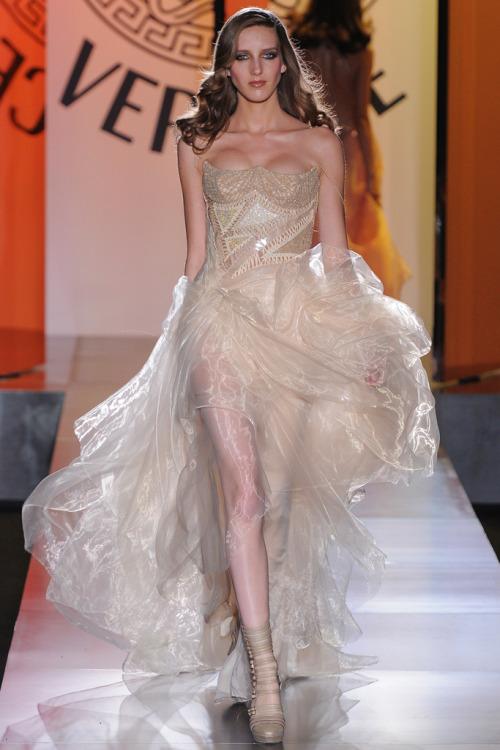 Iris Egbers @ Atelier Versace Haute Couture F/W 2012-13, Paris
