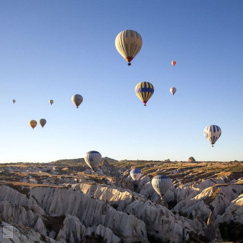 suffocative:  Hot air ballooning, Cappadocia, Turkey.