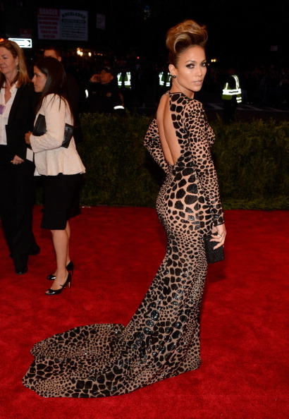 derriuspierre:  Jennifer Lopez attends the Costume Institute Gala for the 'PUNK: Chaos to Couture' exhibition at the Metropolitan Museum of Art on May 6, 2013 in New York City.