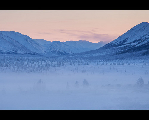 After sunset … near Oymyakon in Yakutia .. by Maarten Takens (back from Yakutia, Siberia ) on Flickr.