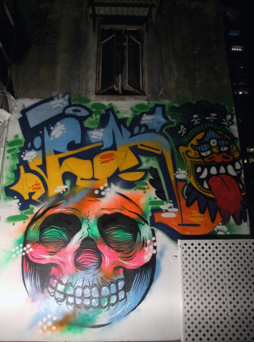 Last nights fluoro piece with New Zealand's Tek in Sheung Wan, Hong Kong.