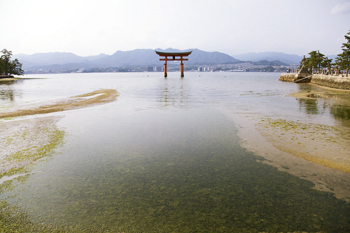 広島の旅 -Hiroshima - by Jussi Salmiakkinen on Flickr.