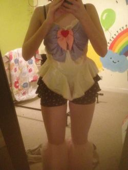 hempresss:  my homemade sailor moon rave outfit ^^