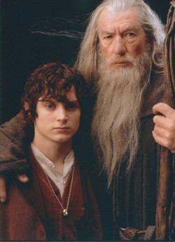 lordoftheringsfandom:  Frodo and Gandalf