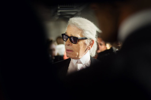 Karl Lagerfeld's new favorite materials: fire and acid. Guess he got tired of tweed? Get the full story here.