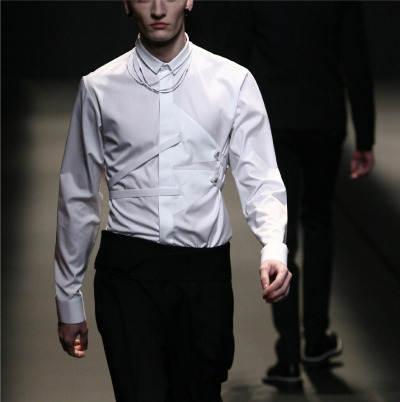 DIOR HOMME AW09  after researching all these fashion designers i know a lot about u mah man dior lol