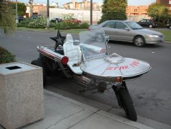chadspdx:  rockin the star trek bike…  I hate trikes, but I'd ride the hell outta that. Because that's the type of dork I am.