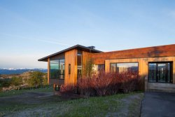 Photo: Stephen Dynia Architects. Gros Ventre Residence by Stephen Dynia Architects. 2012.