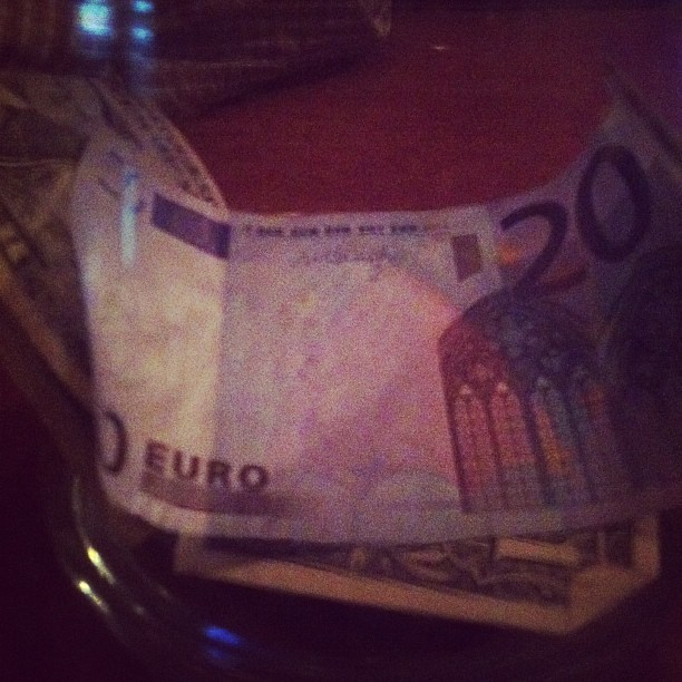 That moment when Dan leaves me 20 Euros as a tip… #thankscunt