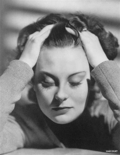 angeheurtebise:  Michèle Morgan, vers 1953.Studio Harcourt