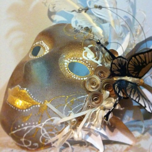 One of my past summer projects! #mask #roses #flowers #gold #white  #feather #butterfly #art #painting