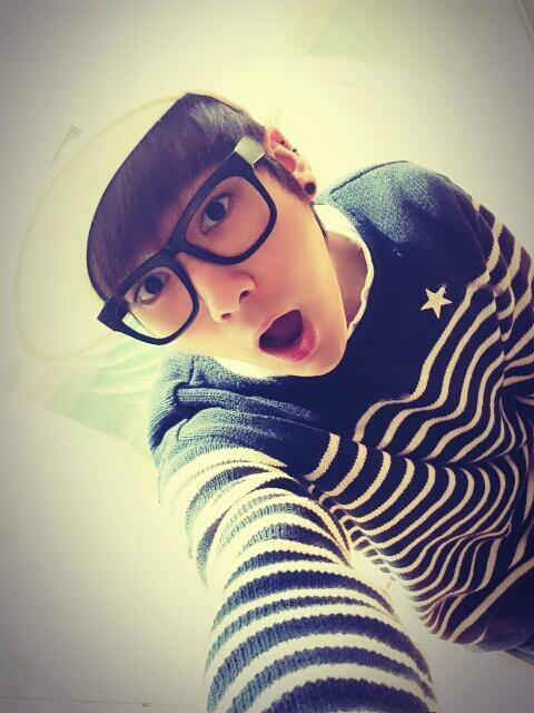 [130417] Aron's Music Access Twitter Update what up everyone! this is dj aron! i wanna apologize because this twitter was down for a while… as a gift, i will send you guys a pic of me! thank you guys for tuning into music access with me and showing me lots of love and support! it really means alot and i'll always keep you guys in my heart! love you guys♥ 사랑해용♥