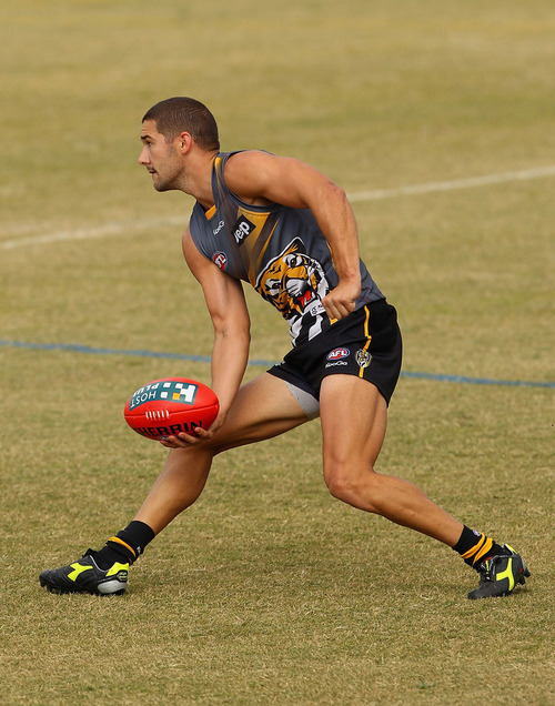HOT AFL PLAYERS