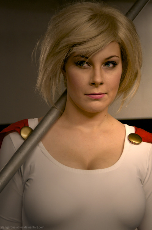Christine as classic Power Girl, photograph by Jenn.