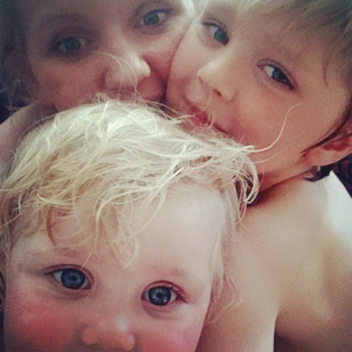 Nydusja gjeng. #love of my #life. #cute #kids #blonde #hair #blue #eyes #boy #girl