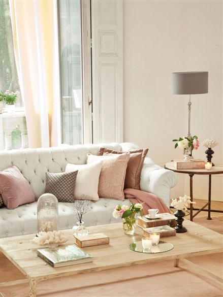 delicate living room