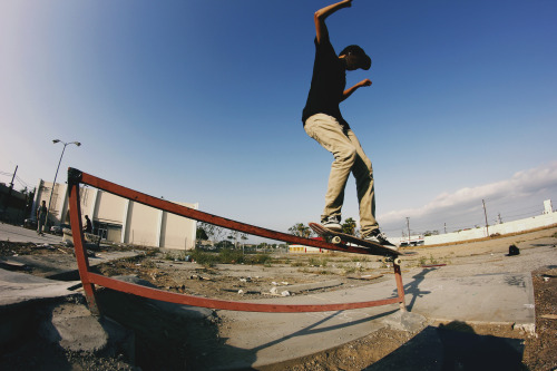 thisisalan:  Miguel Villagomez - Back Smith Ghetto Park, CA