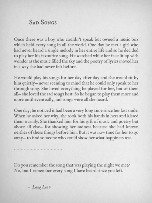 langleav:  The girl who loved sad songs.