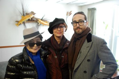camstick:   Yoko Ono, Susan Sarandon & Sean Lennon for Artists Against Fracking in Philadelphia
