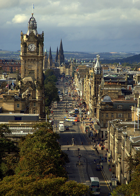 visitheworld:   The Princes Street in Edinburgh, Scotland (by Extra Medium).