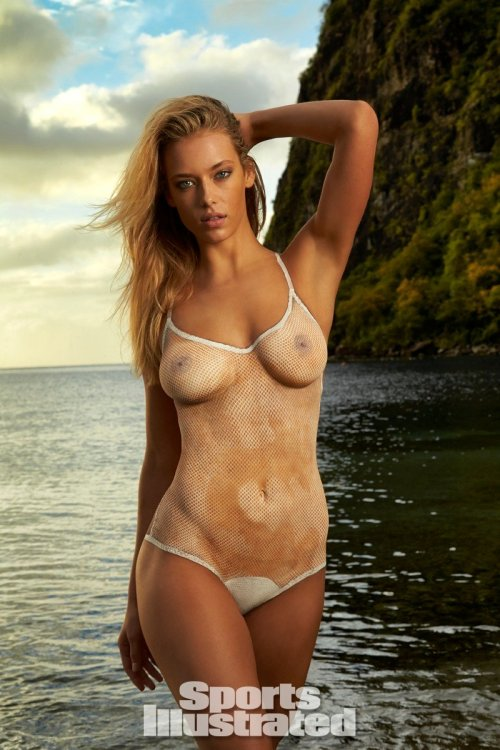 Nackt hannah davis Nackt Jennifer