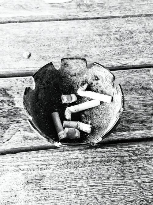 Ashtray observed at lunch time