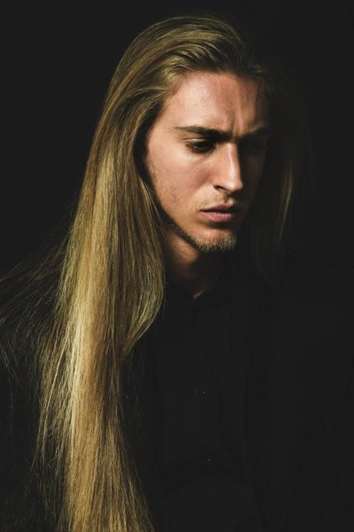 Guys with long hair tumblr