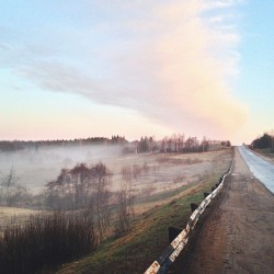 Morning fog. #russia #countryside #dawn #morning #fog #nature #landscape #scenery  (at Решма, Ивановская обл.)