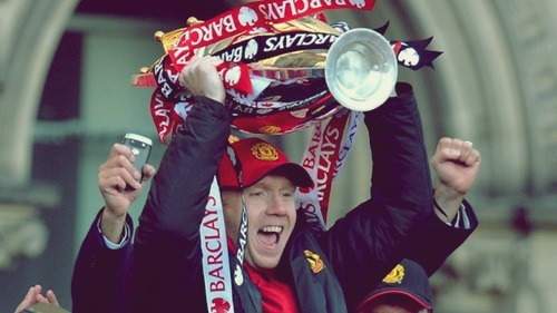 "iloveunited:  ""First and foremost, I'd like to say that Scholesy still doesn't get enough credit as he should for me. He is not regarded as highly in the game as he should be. If you ask anyone who has played against him or played with him, he is right at the top of their tree of players."" ""It has been such a privilege to play with him. Even on Sunday (against Swansea), knowing it was his last Old Trafford game, it really meant a lot to me and I really enjoyed it. I made the most of it. It is sad to see him go but he has earned his retirement, he has done more than enough in the game and everyone has learned more than enough from him. I'm sure he'll enjoy himself."" - Michael Carrick"