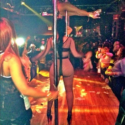 S/O to the Bronx! The whole city came out to phuck wid ya girl!! #stripclubanddollabills