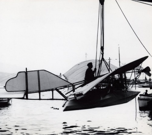 the Gabardini flying boat, circa 1910 (via)