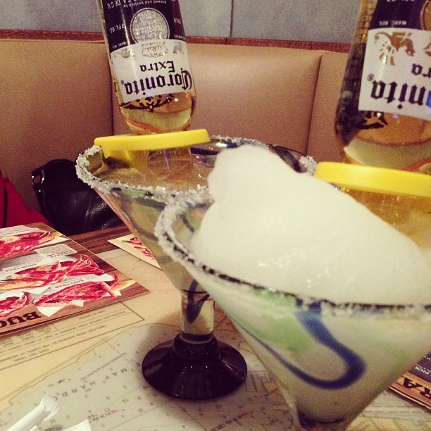 Coronaritas with @adammc314! (at Joe's Crab Shack)