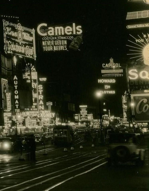 fuckyeahvintage-retro:  New York City, 1934