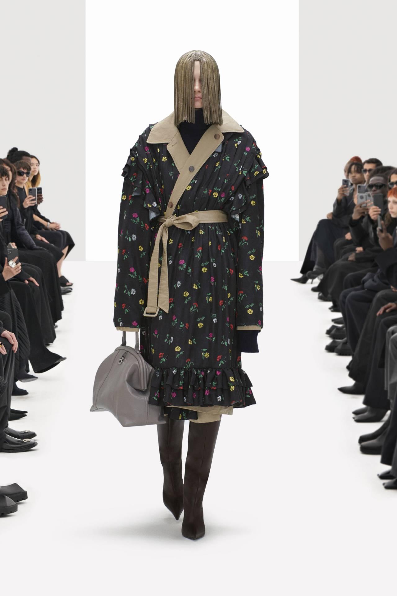 #Balenciaga#fashion#style #spring 2022 ready to wear  #ready to wear #rtw