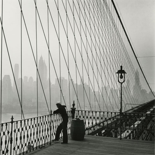arpeggia:  Fritz Henle - Sailor on the Brooklyn Bridge, New York City, 1950