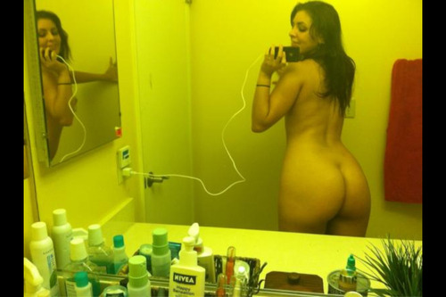 pawgs-whooties:  Pawg Whooties http://pawgs-whooties.tumblr.com  wow, hotty!!