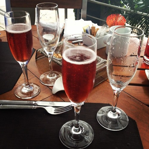 5th serving, keep them coming!!! Rose #champagne! #tweegram #photooftheday #instamood #iphonesia #summer #tbt #igers #picoftheday #instadaily #instagramhub #beautiful #girl #iphoneonly #instagood #bestoftheday #jj #sky #picstitch #follow #webstagram #nofilter  (at Rooftop Infinity Edge Pool)