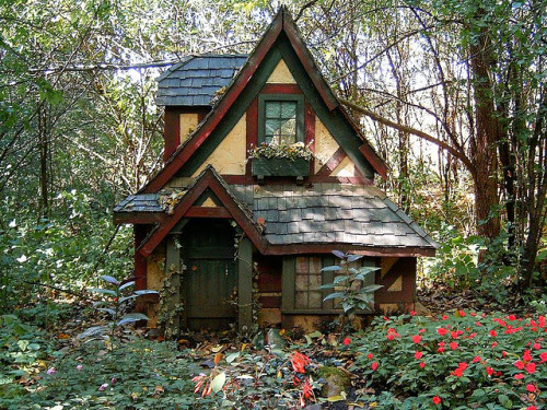 mykindafairytalee:  fairy house 1 by indisguise on Flickr.