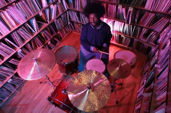 hipdrumshit:  Quest love in his record library