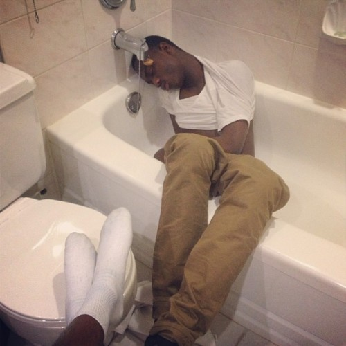 K.O @eashiofu #18th #birthday #turnt #bathtub